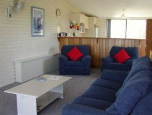 Penguin Mews - Geraldton Accommodation