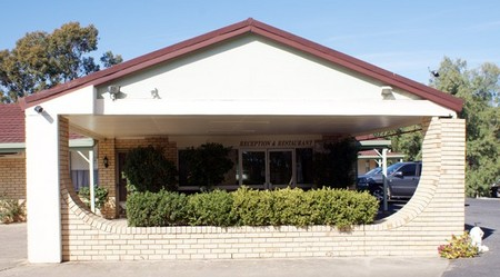 Burke And Wills Moree Motor Inn - Geraldton Accommodation