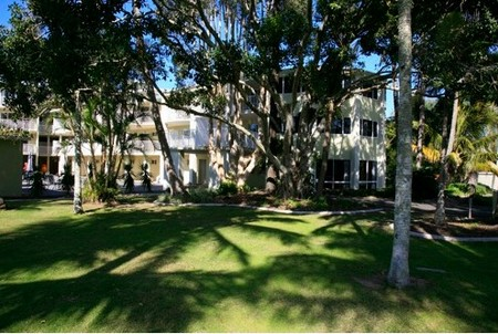 Cabarita Lake Apartments - Geraldton Accommodation