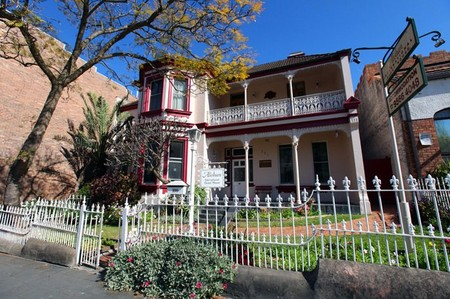 Alishan International Guesthouse - Geraldton Accommodation