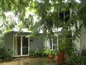 Rum Jungle Bungalows - Geraldton Accommodation