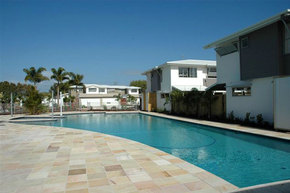 Coolum Villas - Geraldton Accommodation