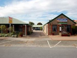 Lake Albert Motel - Geraldton Accommodation