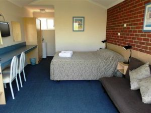 Merimbula Gardens Motel - Geraldton Accommodation