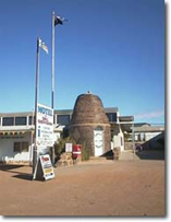 Andamooka Dukes Bottlehouse Motel - Geraldton Accommodation