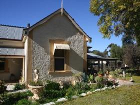 Barossa Valley Retreat - Geraldton Accommodation