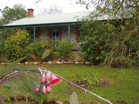 Naimanya Cottage - Geraldton Accommodation