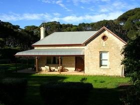 Dudley Villa - Geraldton Accommodation