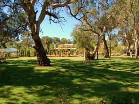 Jacobs Creek Retreat at Moorooroo Park - Geraldton Accommodation