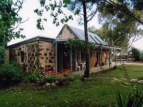Lawley Farm - Geraldton Accommodation