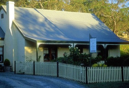Country Pleasures Bed and Breakfast - Geraldton Accommodation