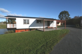 Tiers Cottages - Geraldton Accommodation