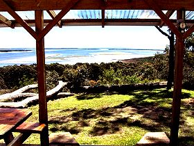 Island View Spa Cottage - Geraldton Accommodation