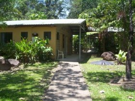 Lync-Haven Rainforest Retreat - Geraldton Accommodation