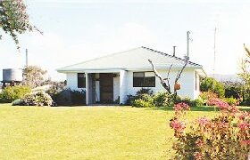 Lisas Cottage - Geraldton Accommodation