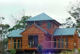 Tree House - The - Geraldton Accommodation