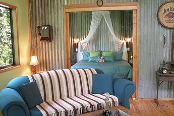 Crater Lakes Rainforest Cottages - Geraldton Accommodation