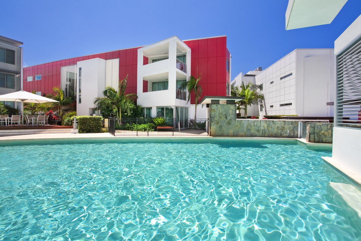 Element on Coolum Beach - Geraldton Accommodation
