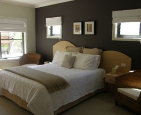 CeeSpray on Owen Bed and Breakfast - Geraldton Accommodation