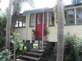 The Red Ginger Bungalow - Geraldton Accommodation