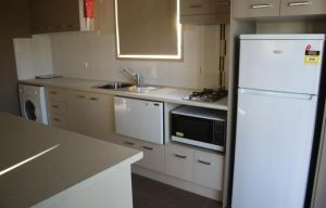 Bowlo Holiday Cabins - Geraldton Accommodation