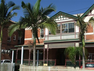 Maclean Hotel - Geraldton Accommodation