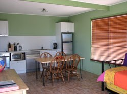 Fossickers Cottages - Geraldton Accommodation