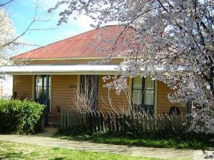 Cooma Cottage - Accommodation - Geraldton Accommodation
