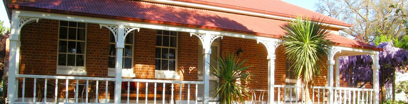 Araluen Old Courthouse Bed and Breakfast - Geraldton Accommodation