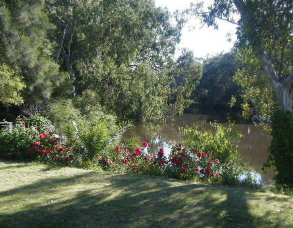 Bidgee Bankside Cottage - Geraldton Accommodation