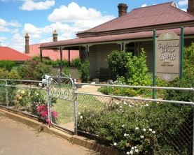 Courthouse Cottage B and B - Geraldton Accommodation