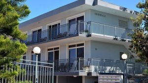 Beach Studio on Bombo - Geraldton Accommodation