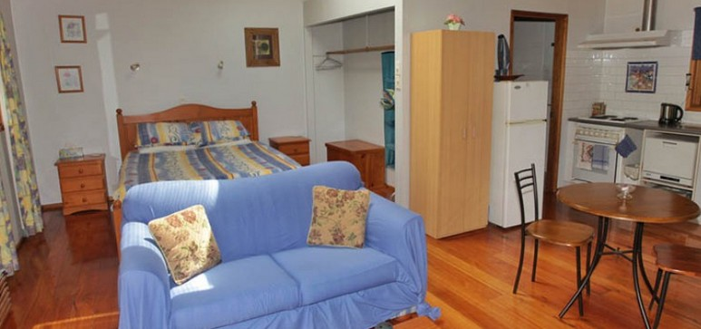 Bluegums Cabins - Geraldton Accommodation