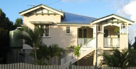 Eco Queenslander Holiday Home and BB - Geraldton Accommodation