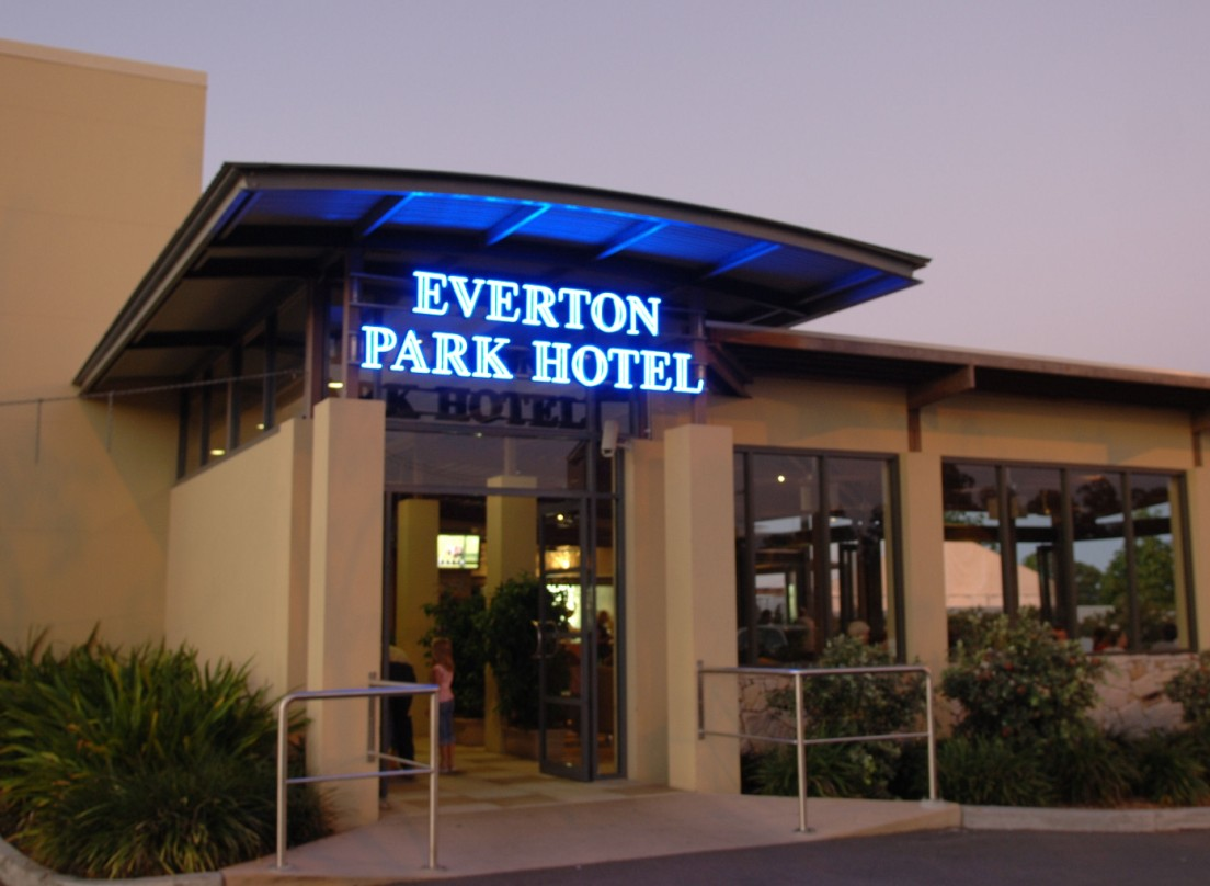 Everton Park Hotel - Geraldton Accommodation