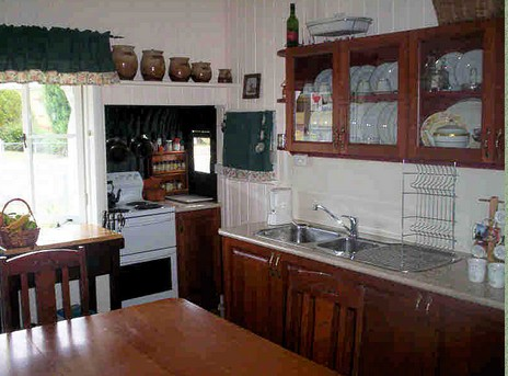 Dillons Cottage - Geraldton Accommodation