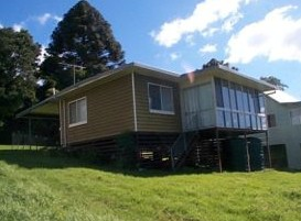 Mountain Escape - Holiday Home - Geraldton Accommodation