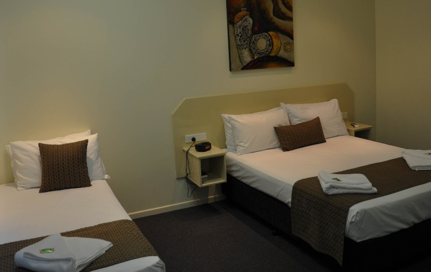 Bluewater Harbour Motel Bowen - Geraldton Accommodation
