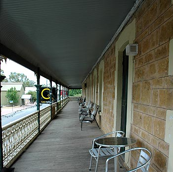 Hotel Mannum - Geraldton Accommodation