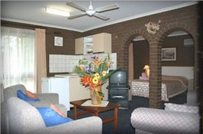 Paradise Holiday Apartments Villas - Geraldton Accommodation