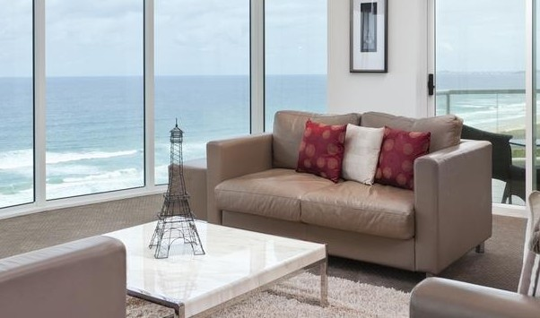 Mint Broadbeach - Geraldton Accommodation