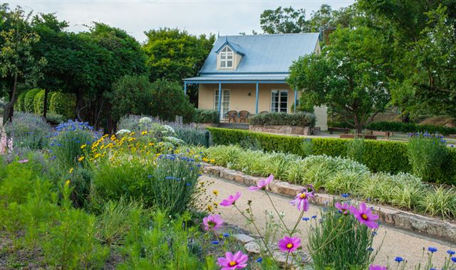 Vineyard Cottages and Cafe - Geraldton Accommodation