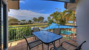 Dolphin Waters Holiday Apartments - Geraldton Accommodation