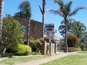 Beachfront Units Merimbula - Geraldton Accommodation