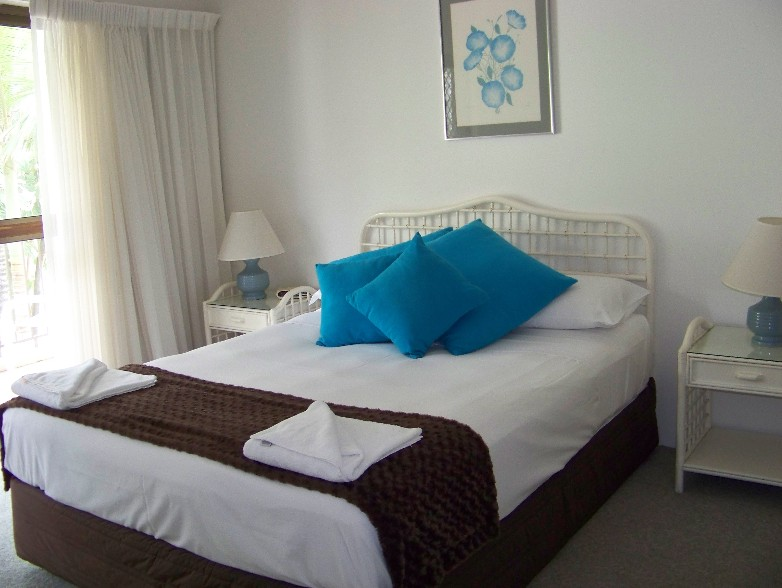 Old Burleigh Court Holiday Apartments - Geraldton Accommodation