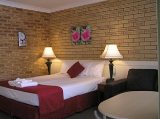Blue Violet Motor Inn - Geraldton Accommodation