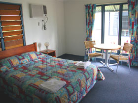 Sleepy Lagoon Hotel Motel - Geraldton Accommodation