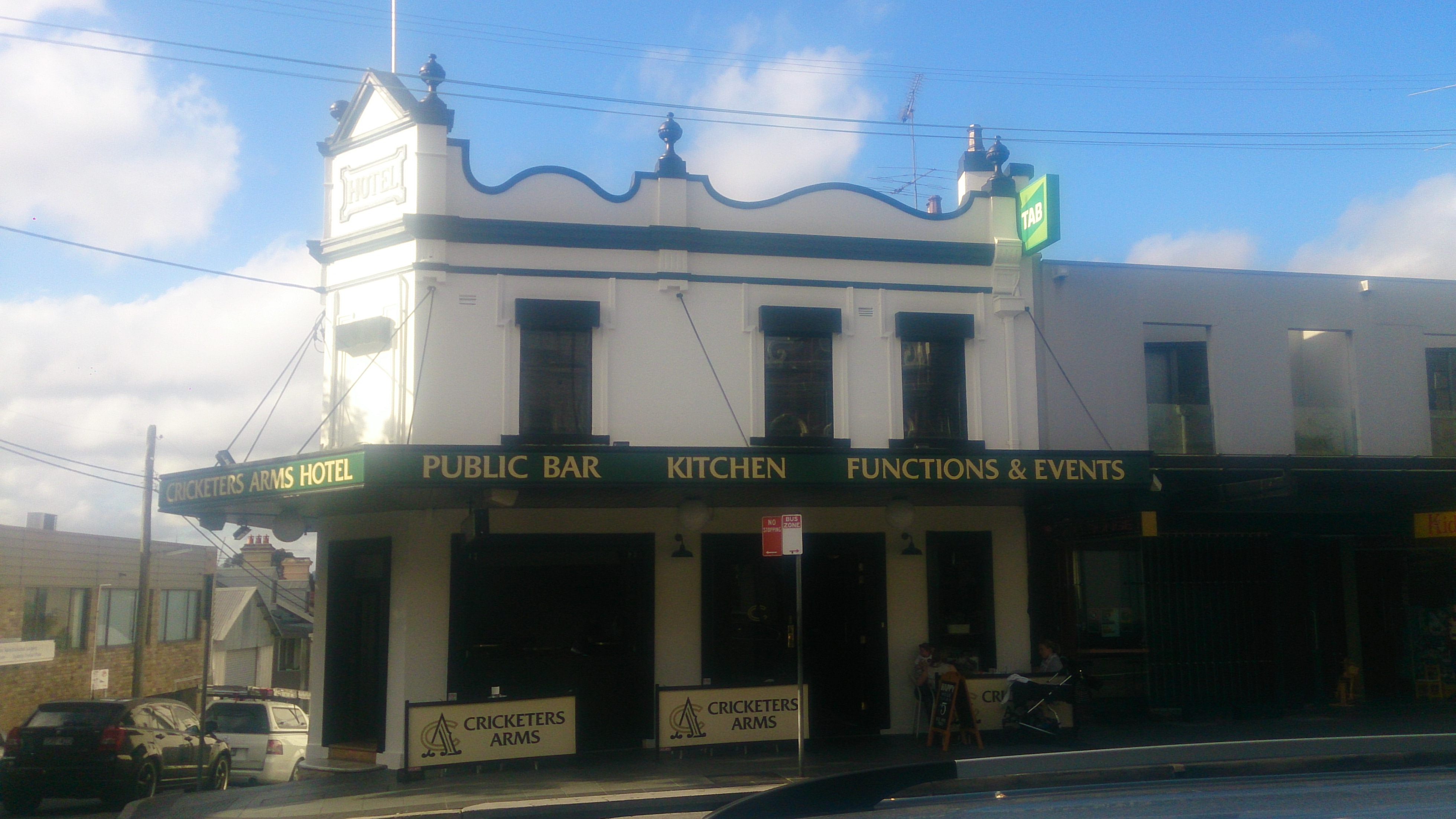 Cricketers Arms Hotel - Geraldton Accommodation