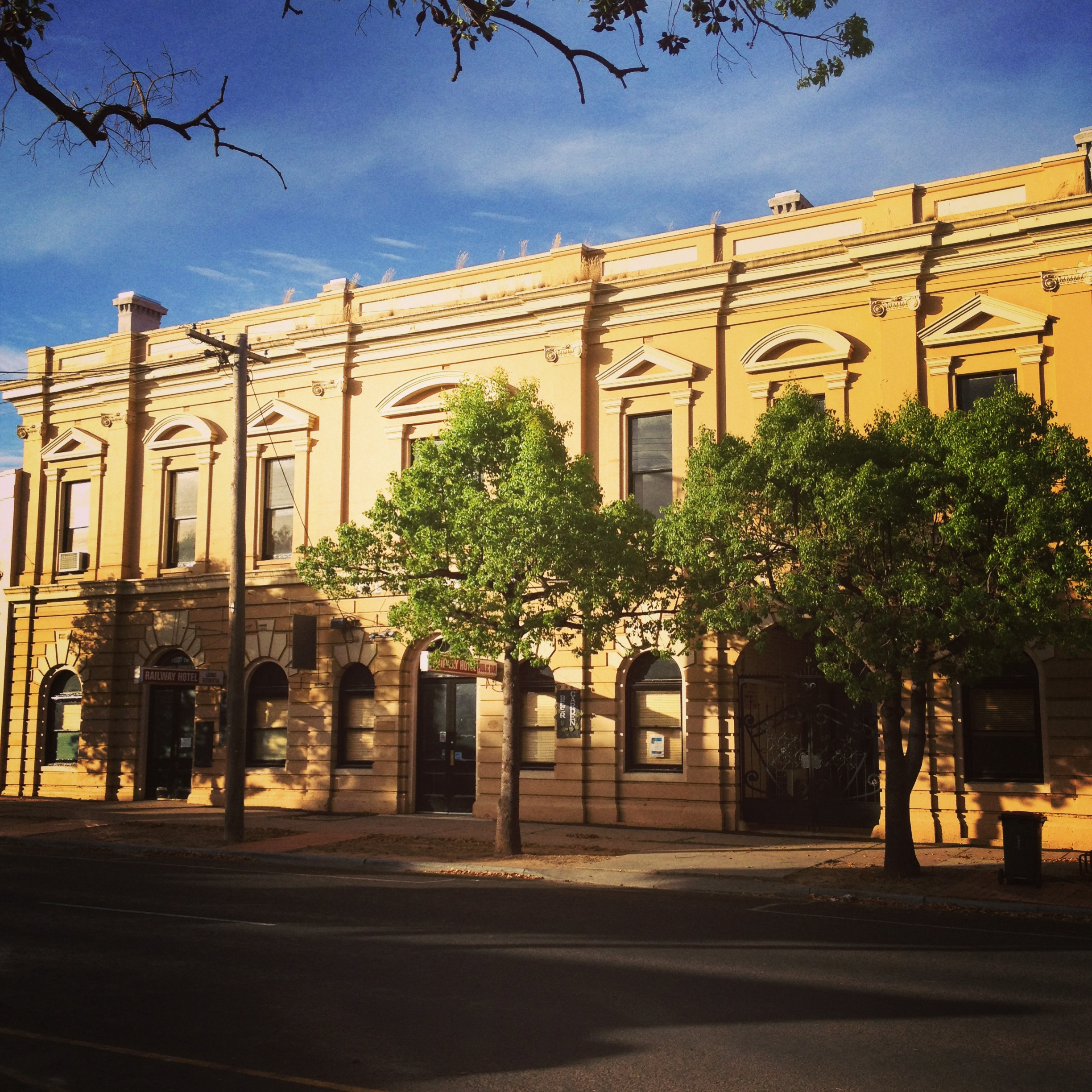 Railway Hotel Dunolly - Geraldton Accommodation