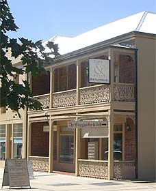Cobb  Co Court Boutique Hotel - Geraldton Accommodation